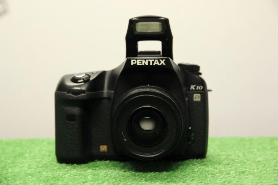 Pentax K10D + Pentax SMC DA