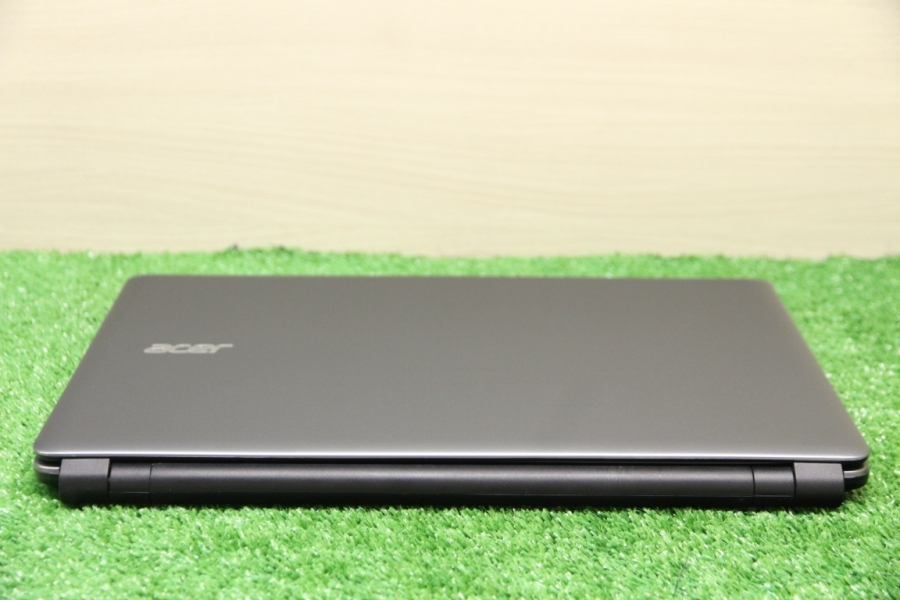 Acer E1-572G-74506G50