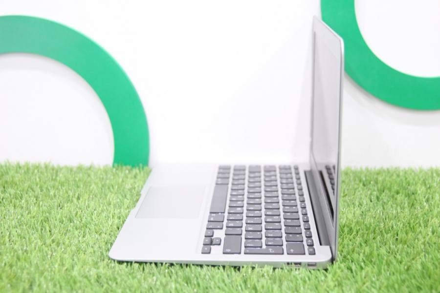 """MacBook Air 11"""", Mid 2013"""