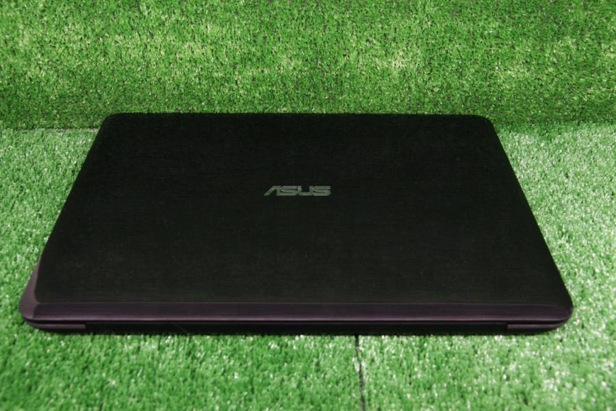 Asus X556U