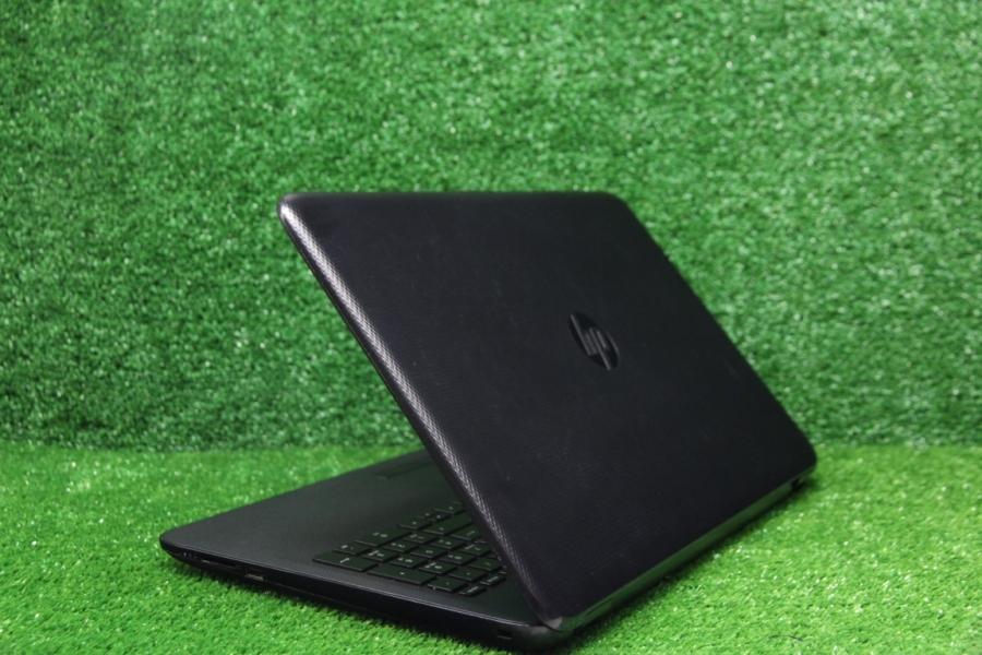 HP 15-ac000ur