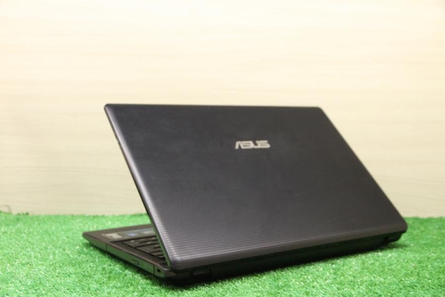 Asus X55A-SX042D