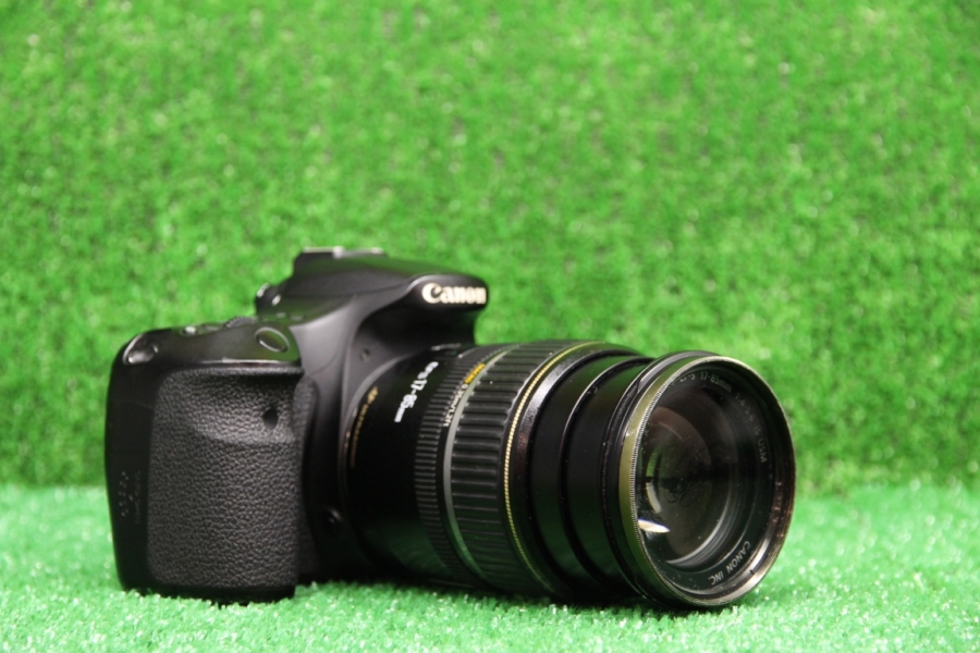 Canon  60D + 17-85mm f/4-5.6