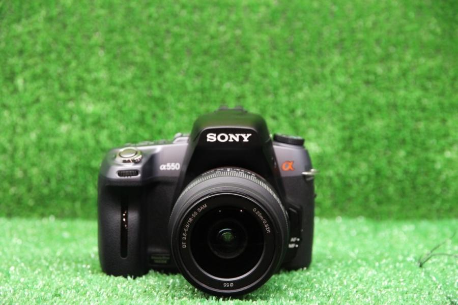 Sony Alpha DSLR-A550 Kit