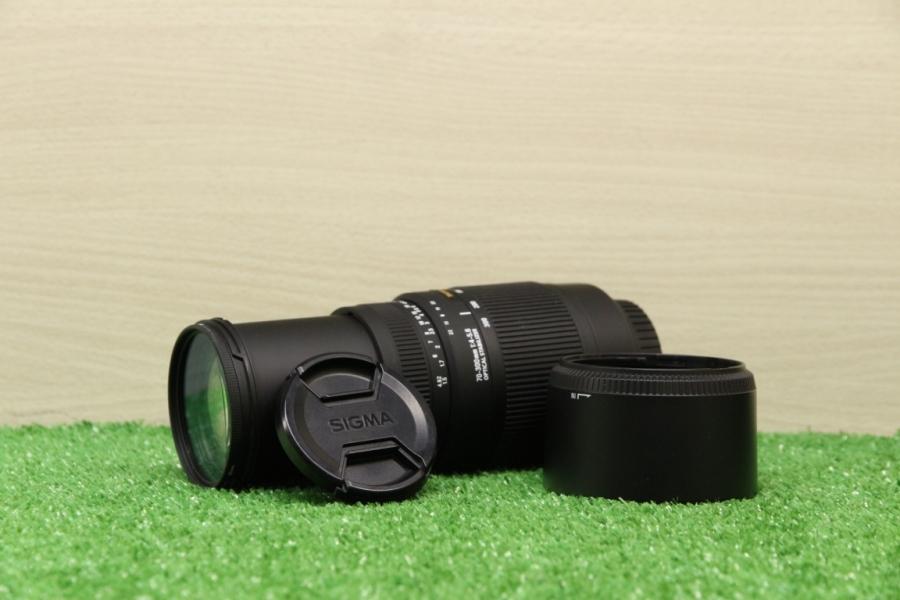 Sigma 70-300mm f/4-5.6 DG