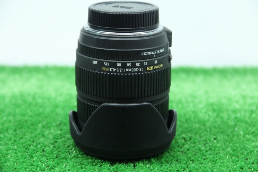 Sigma AF 18-200mm f/3.5-6.3