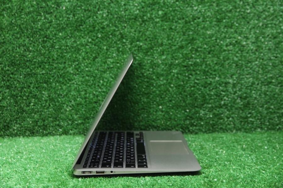 MacBook Air 11 Mid 2013