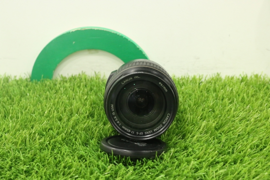 Canon EF-S 17-85mm
