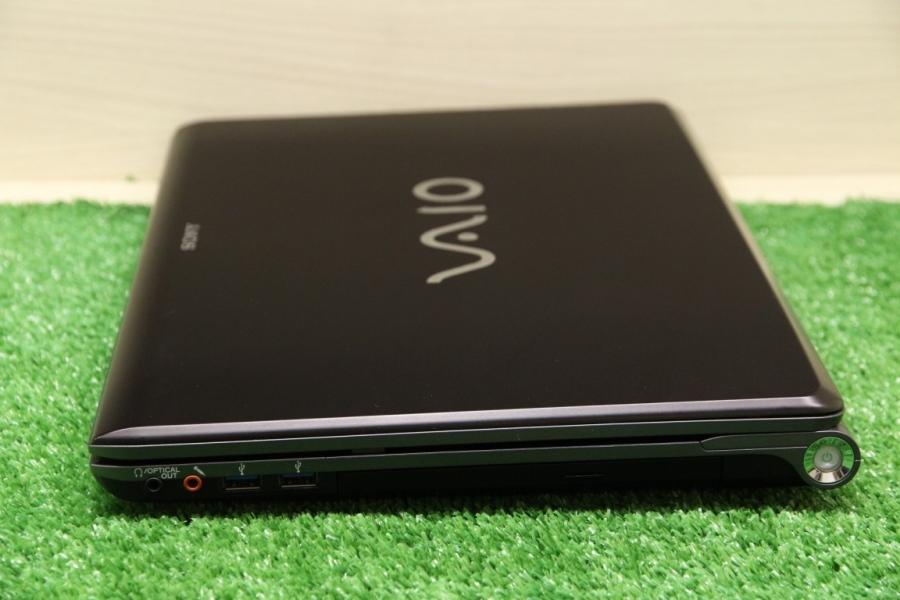 Sony Vaio VPCF13Z8R