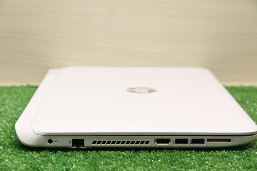 HP 15-p210ur