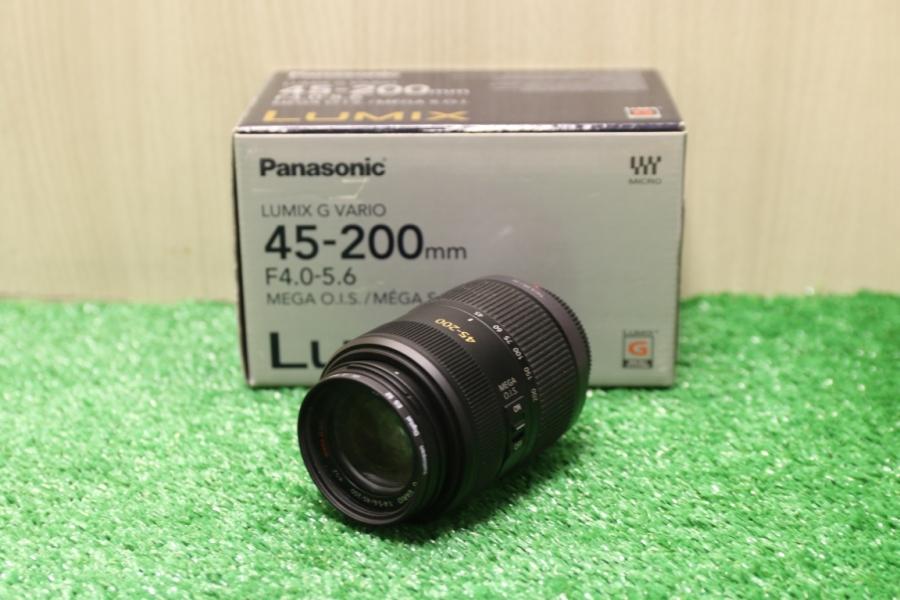 Panasonic 45-200mm f/4.0-5.6