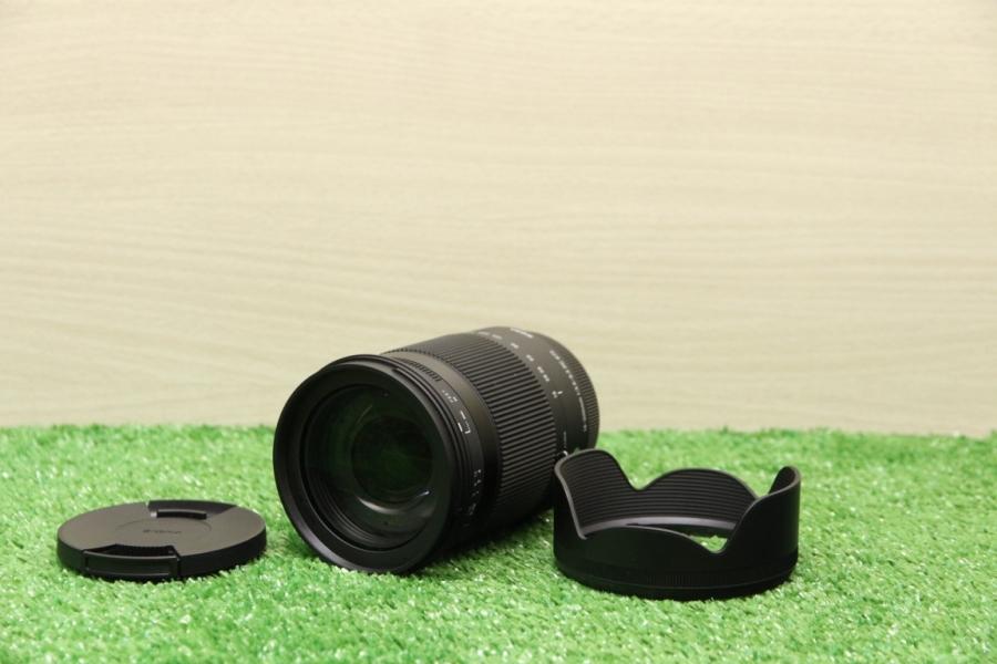 Sigma 18-300mm f/3.5-6.3 DC