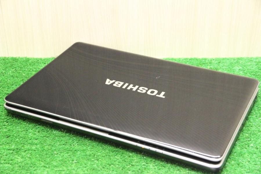 Toshiba Satellite P500-1EJ