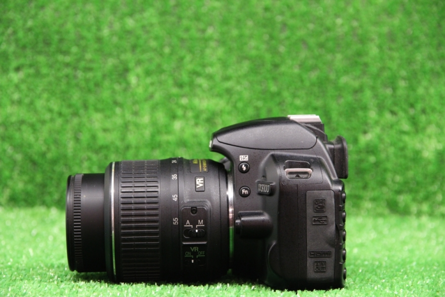 Nikon D3100 Kit