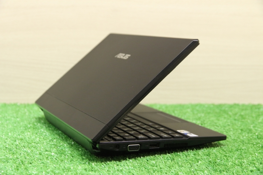 ASUS Eee PC 1016P