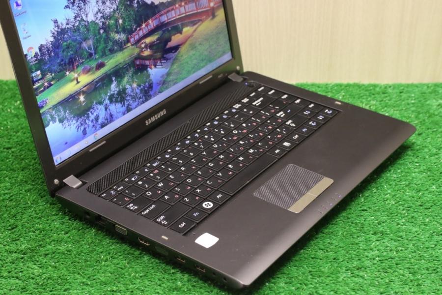 Samsung NP-R425L