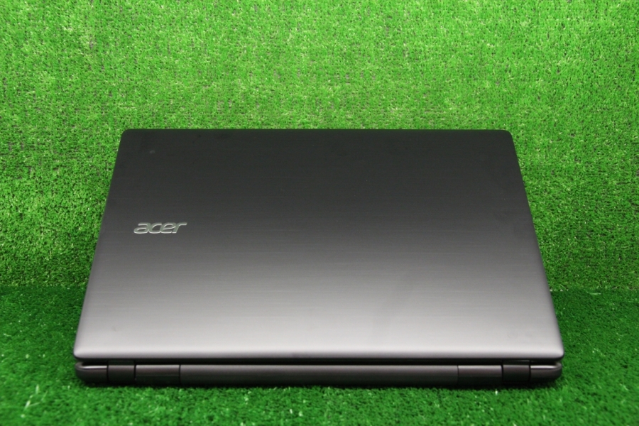 Acer E5-551