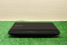 Samsung NP300E5X-U01RU