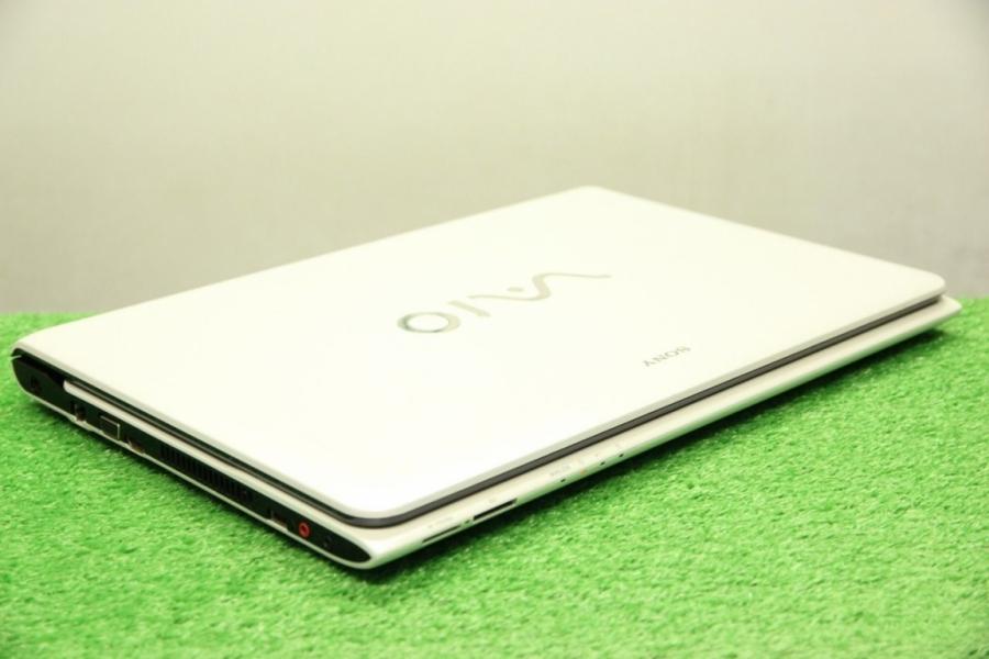Sony Vaio SVE1711G1RW