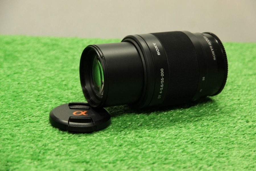 Sony DT 55-200mm f/4-5.6