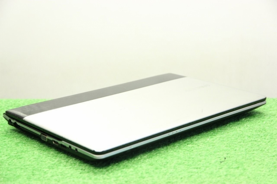Samsung RV415