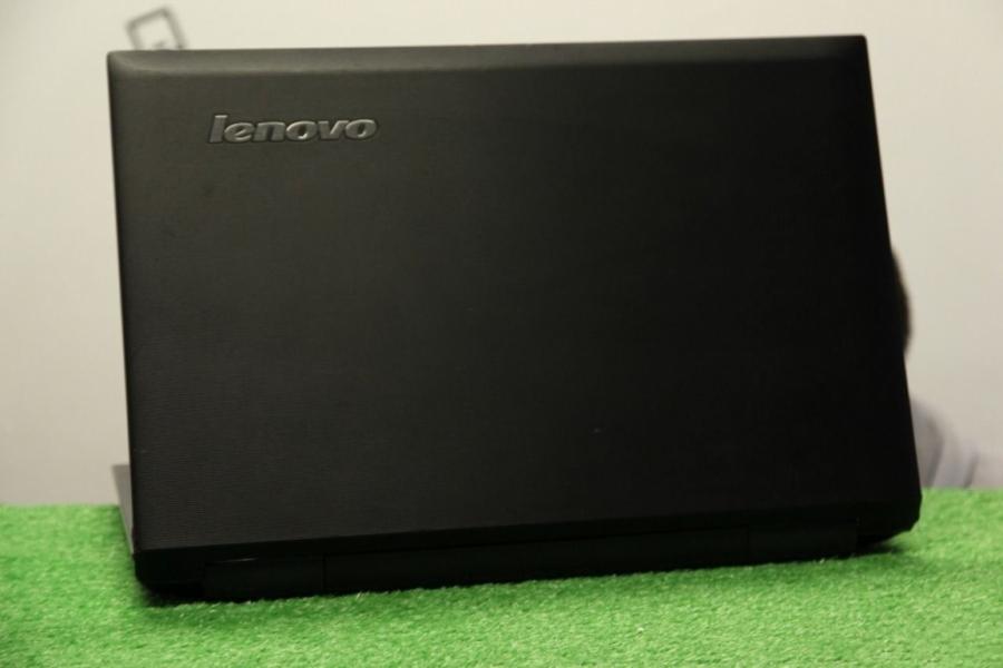 Lenovo B560