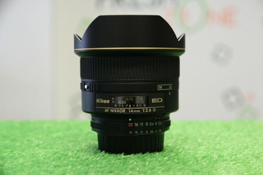 Nikon 14mm f/2.8D ED AF