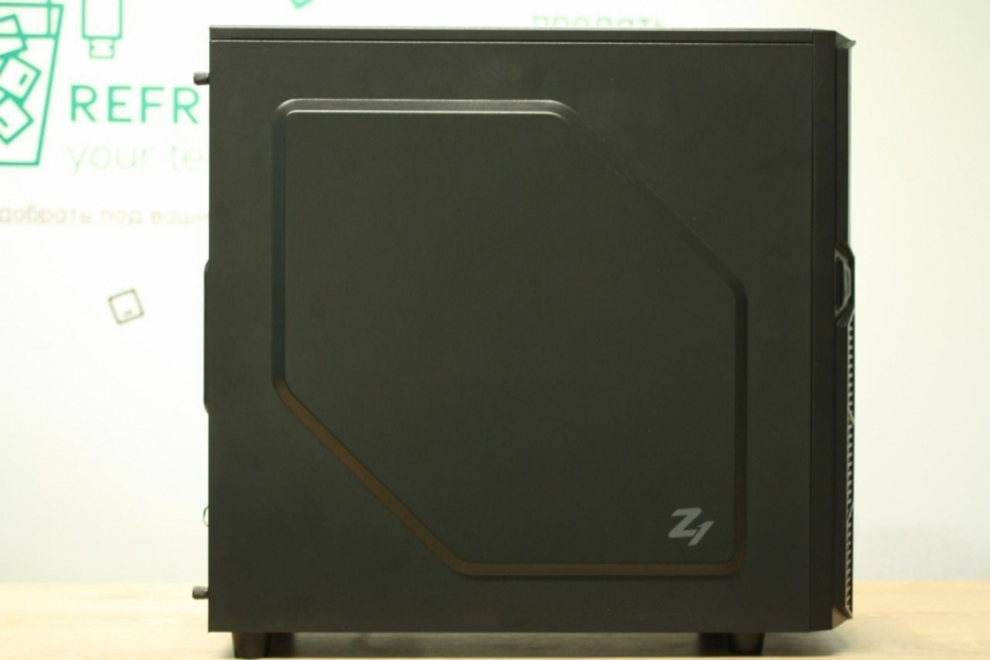 Игровой Zalman Z1