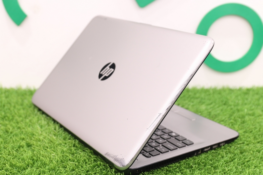 HP 15-ay044TX