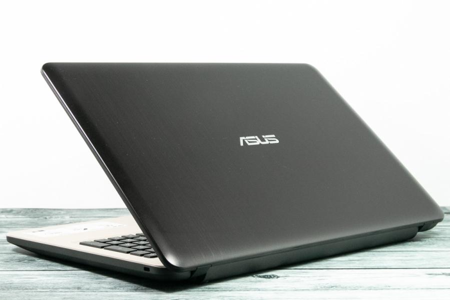 Ноутбук Asus R540SA