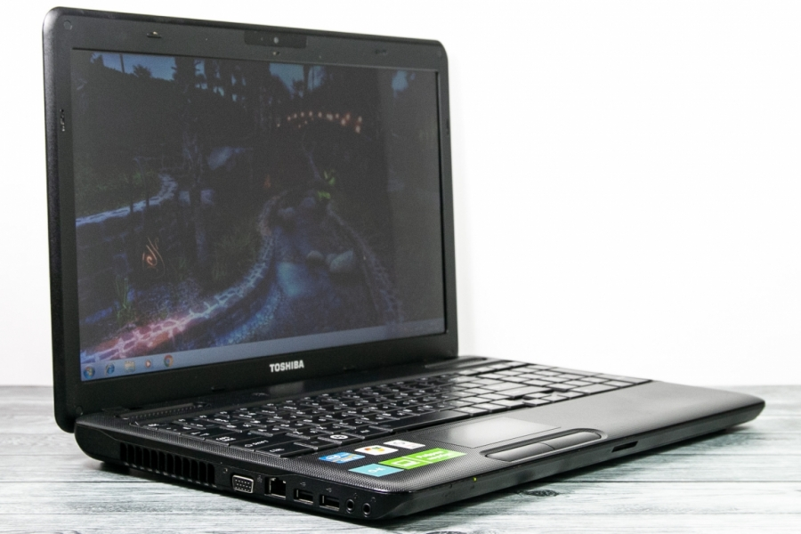Toshiba SATELLITE C660-1WT