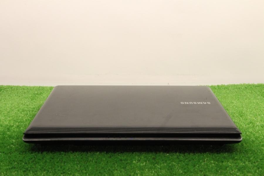 Samsung NP-R425