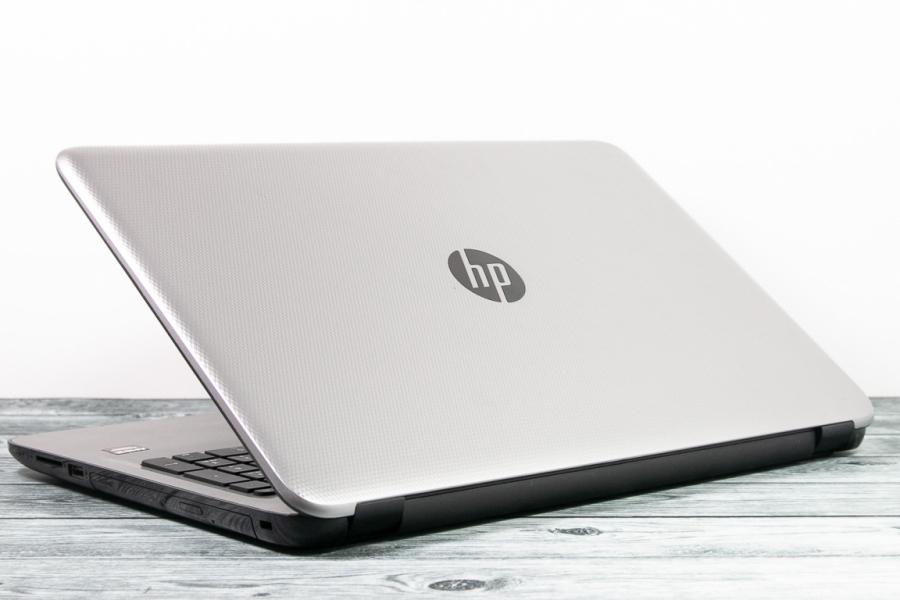 HP 15-af120ur
