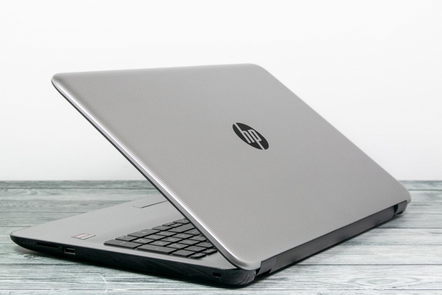 HP 15-BA037UR