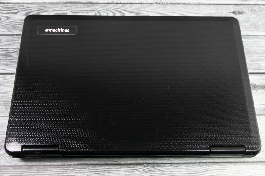 eMachines E525-902G25Mi