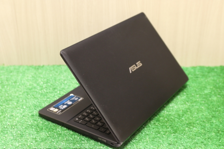 Asus X552MJ-SX012H