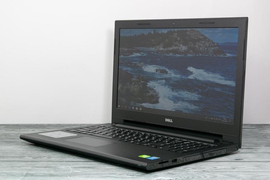 Dell INSPIRON 15-3878