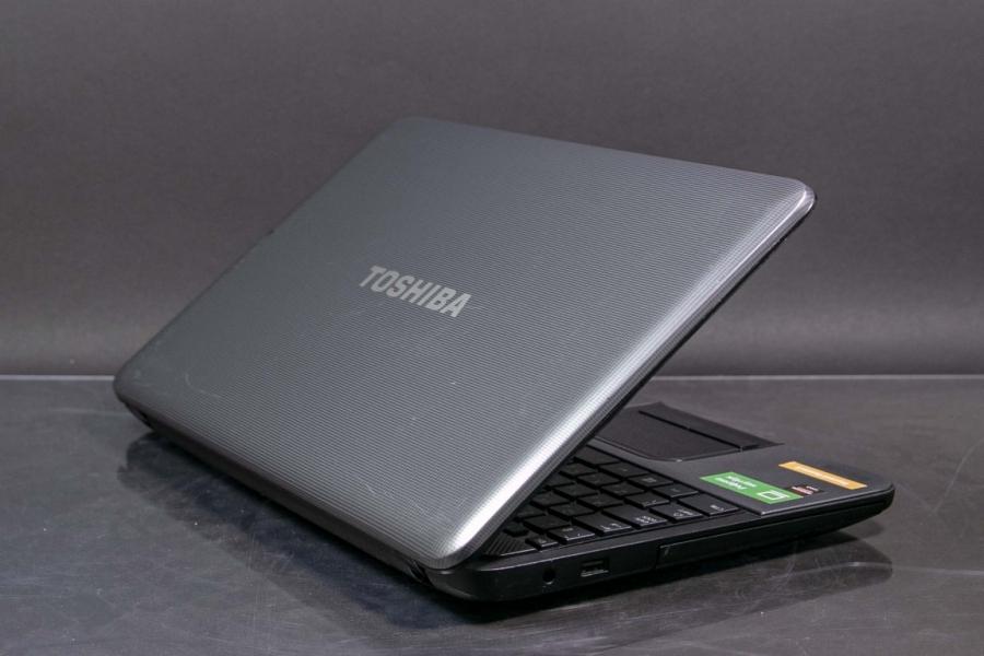 Toshiba C850-B832