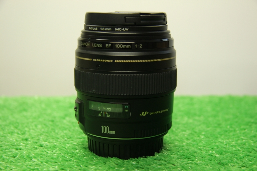 Canon EF 100mm f/2 IS