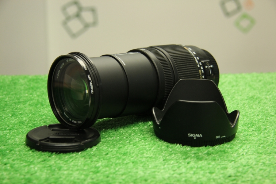 Sigma Zoom DC 18-250mm