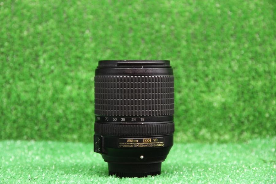Nikon 18-140mm f/3.5-5.6G VR