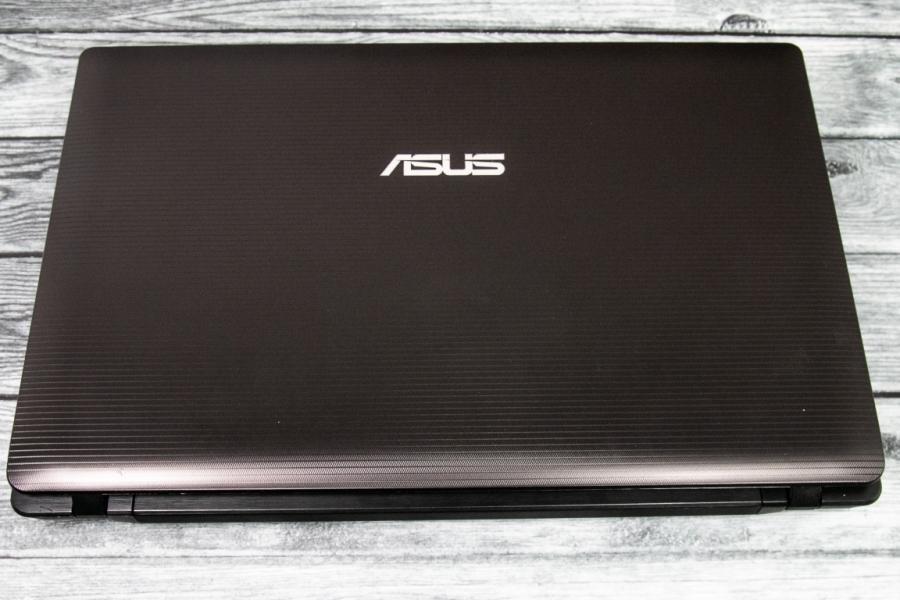 Asus K53E-SX215R