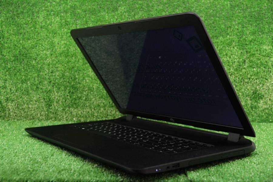 HP 17-p003