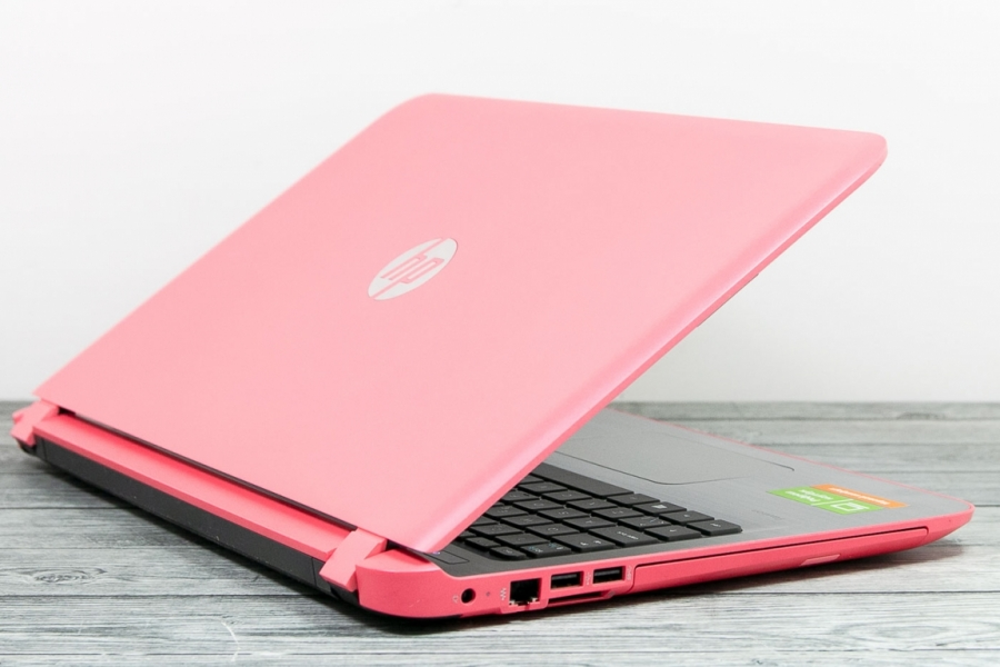HP PAVILION 15-AB115NO