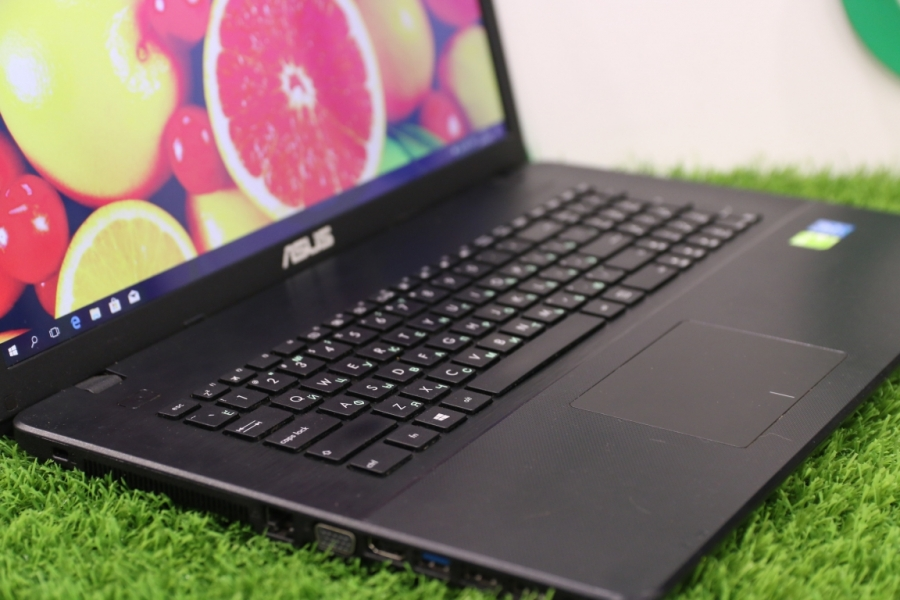 Asus X751MJ-TY002T