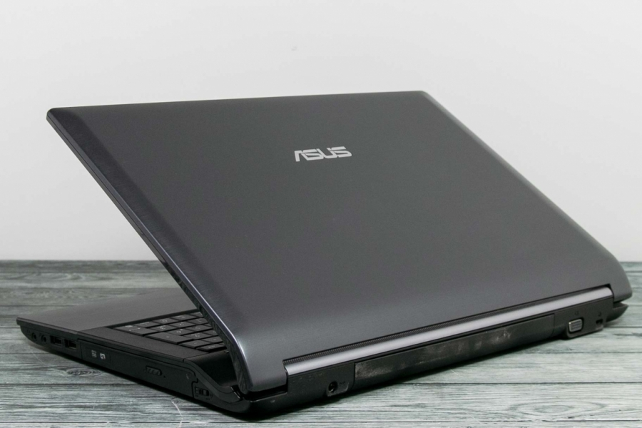 Asus N53SV