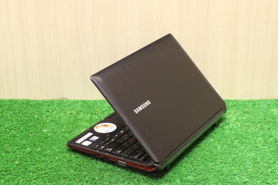 Samsung NP-N145_JP01RU