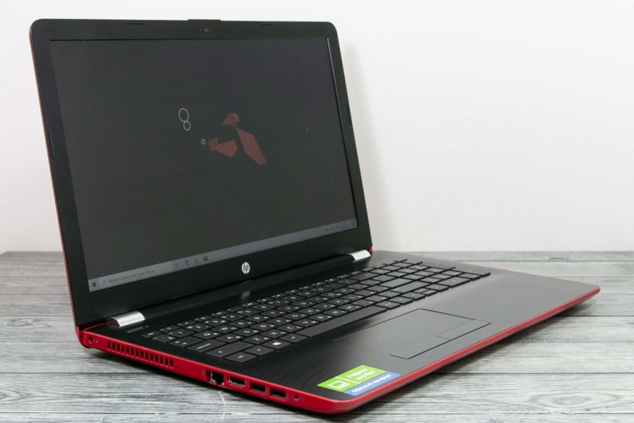 HP 15-BW032UR