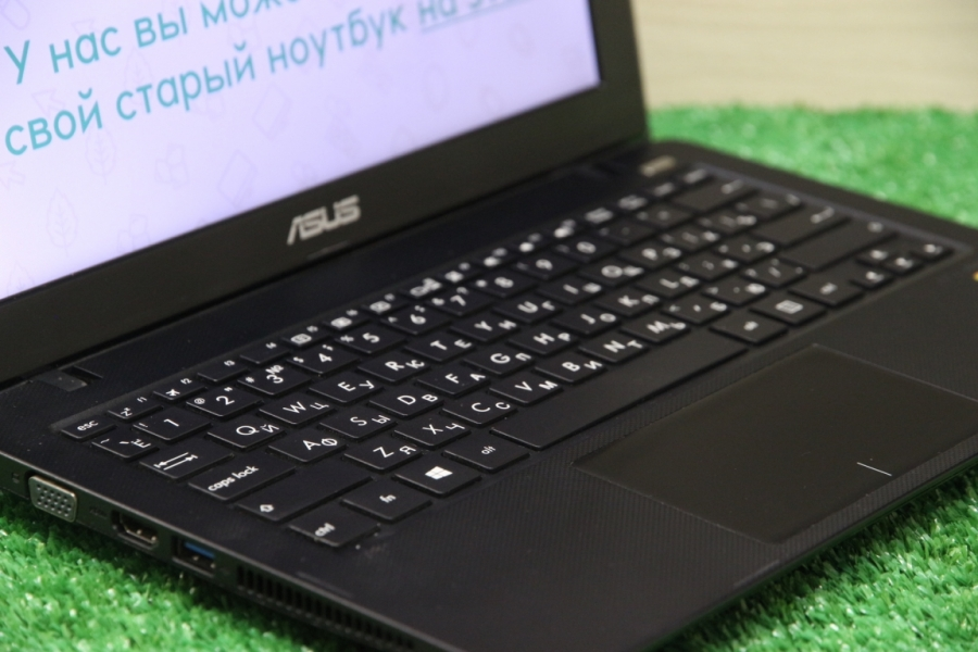 Asus X200MA-KX048D