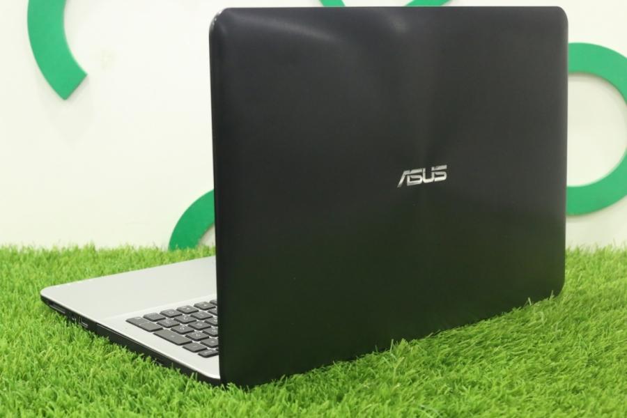 ASUS K555
